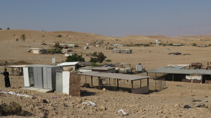 A Bedouin camp near Ras 'Ein al 'Auja. Photo by A. Huber.