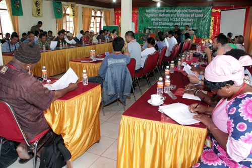 2012-07-12-agrarian_reform_1