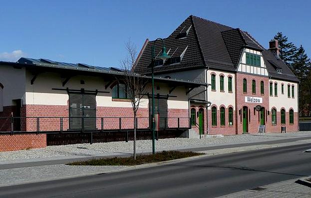 800px-Bahnhof_Welzow