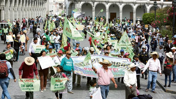 March against mining in Arequipa, Peru, May 2018. Source: Manuel Berríos.