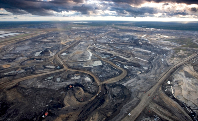 canada-oks-three-new-oil-sands-projects.jpg